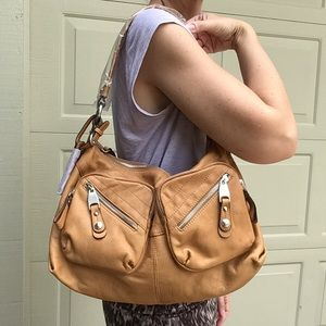 new B MAKOWSKY butterscotch leather shoulder bag